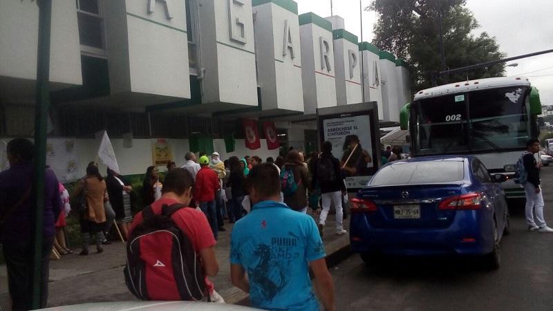 Campesinos, indígenas, trabajadores de salud, CNTE y hasta SUEUM se manifiestan en Morelia