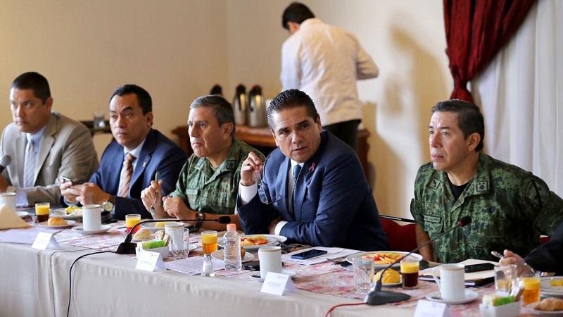 Aureoles Conejo hizo un llamado a las y los alcaldes a denunciar cualquier tipo de situación anómala en sus demarcaciones, y a trabajar en estrecha coordinación con Estado y Federación