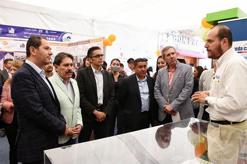 El titular de Sedeco acudió a la inauguración de 15ª edición de la Expo Vivienda Canadevi Michoacán