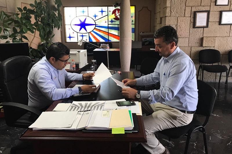 Por su parte, el rector Antonio Jaimes, agradeció el apoyo e interés de la administración estatal por fortalecer la educación en Michoacán, lo que se traduce en beneficios para las y los jóvenes