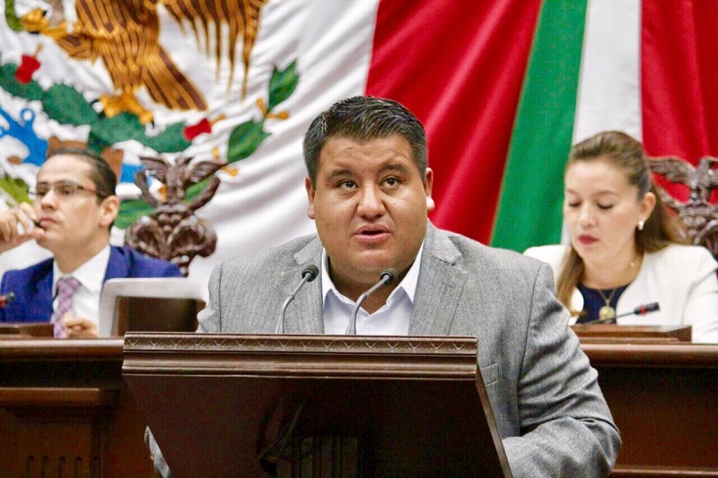 Puebla Arévalo conminó a sus compañeros diputados a legislar en favor de la conservación de nuestra riqueza cultural y con ello propagar esta tradición en todo el estado