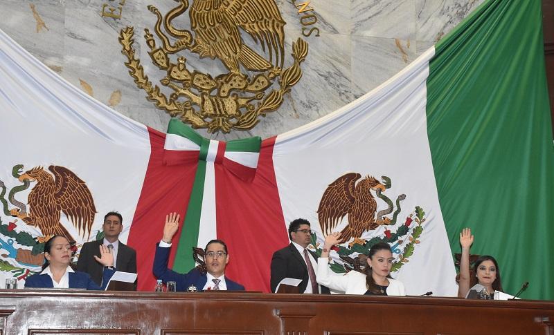 El encargado de recibir la condecoración de manos del Gobernador del Estado será José  Antonio Serrano Ortega, presidente de dicha institución en representación del Colegio