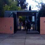 Mediante un comunicado de prensa, los seguidores de Eduardo Tena anunciaron una persecución contra el rector Medardo Serna y advirtieron que no le permitirán el ingreso a ninguna dependencia de la UMSNH