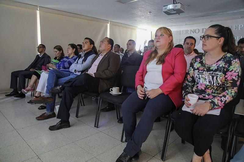 Representantes de la FEPADE despejaron dudas relacionadas con el funcionamiento de los programas