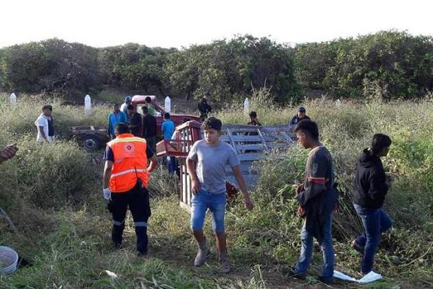 Autoridades correspondientes realizaron el peritaje del accidente y requirieron al conductor de la camioneta que los impactó para deslindar responsabilidades