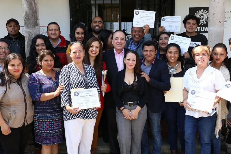 La capacitación, un activo que debe impulsarse y protegerse de forma conjunta con los medios de comunicación: Julieta López