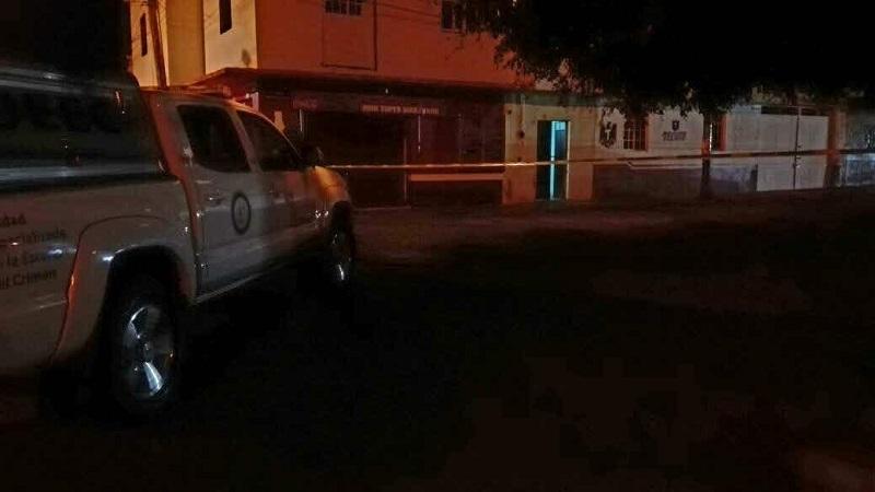Al arribar el personal localizó dos personas del sexo masculino sin vida y decenas de casquillos percutidos calibre .223 (AR-15) y 7.62X39 (AK-47), por lo que quedo resguardado el lugar y solicitaron apoyo a la Fiscalía Regional