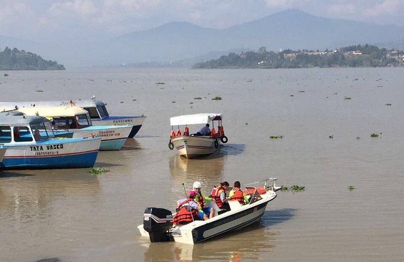 Al momento PC Estatal continúa un recorrido por las principales zonas de afluencia turística, así como en las carreteras de dicha región en Quiroga, Erongarícuaro, Tzintzuntzan, y Pátzcuaro