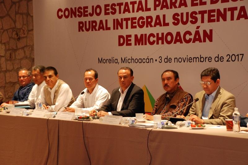 La propuesta es que los productores de maíz comercialicen a 4 mil pesos la tonelada; actualmente la venta por la libre oscila en 3 mil 300 pesos; con Agricultura por Contrato alcanza 3 mil 690 pesos