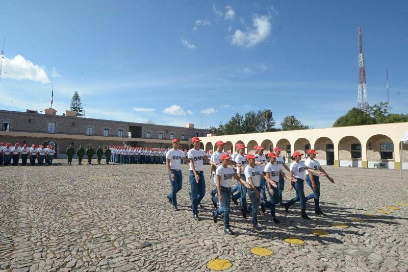 Se invita a todos los jóvenes que tramitaron su Cartilla este año, a que asistan al Auditorio Servando Chávez