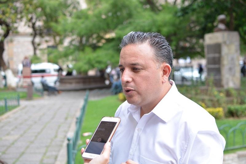 La negación al problema que padece la capital del estado, únicamente ha dejado en estado de indefensión al ciudadano, advirtió Quintana Martínez