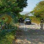 Personal de la Policía Municipal acudió al lugar señalado encontrando maniatado y con los ojos vendados, el cuerpo sin vida de un hombre, el cual permanece en calidad de desconocido