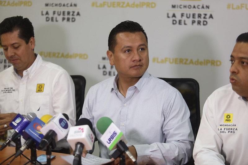 """""""Hemos registrado gran participación de los diversos sectores sociales, podemos asegurar que estos ejercicios permitirá integrar una agenda común de gobierno con verdadera inclusión ciudadana"""", aseguró Torres Piña"""