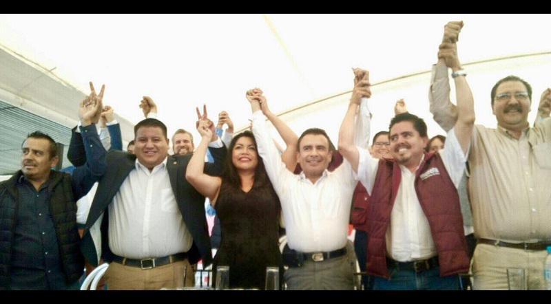 Puebla Arévalo dijo que desde su punto de vista, él está en la línea correcta que plantea el PRD en sus documentos básicos, por lo que no plantea renunciar a ese partido