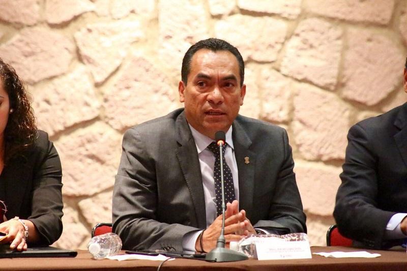 López Solís afirmó que el Gobierno del Estado replanteará la relación entre estos grupos que utilizan la presión como método y que se circunscribirán a lo establecido en la ley y en las obligaciones contractuales existentes