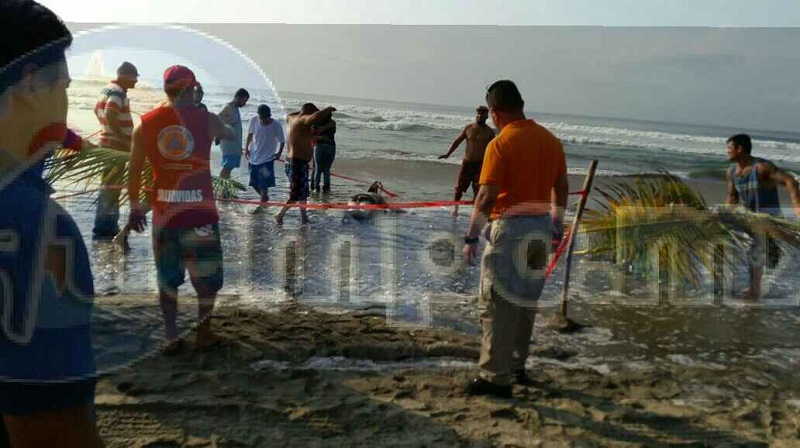 A 5 kilómetros aproximadamente mar adentro fue encontrado el cuerpo sin vida de quien fue edificado con el nombre de Mauricio P., de 18 años de edad