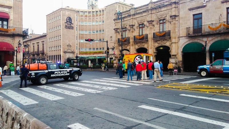 Con pleno respeto al derecho a la libre manifestación, la SSP exhorta a los sindicalizados a no transgredir la paz de las y los michoacanos, y a conducir sus demandas en estricto apego a la ley