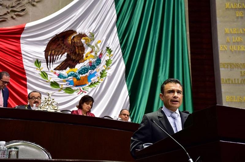 El Presupuesto de Egresos debe ser un instrumento para realizar los compromisos de política pública y las aspiraciones de la población a una vida mejor, situación que no ocurre con la aprobación realizada, aseveró Calderón Torreblanca