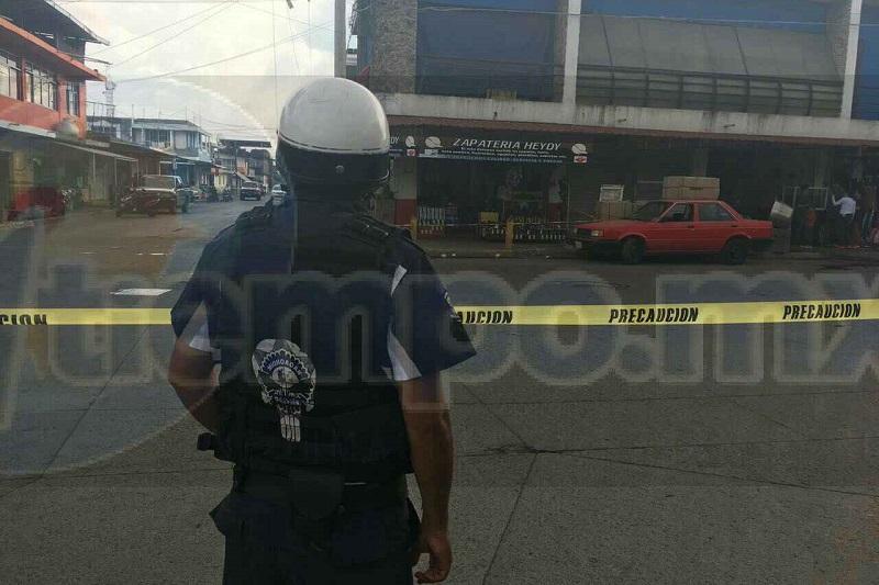 Elementos de la Policía Michoacán realizaron un fuerte operativo en la zona para tratar de dar con los hechores, pero sin resultados positivos