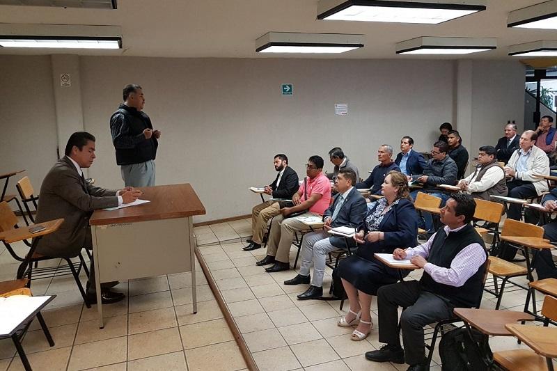 A través del manifiesto signado por los directivos de las escuelas solicitaron a los poderes Ejecutivo y Legislativo tanto de Michoacán como de la Federación, para que participen en la solución de la problemática