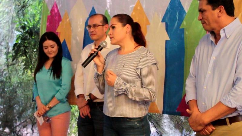 Al hacer uso de la voz, el Secretario General del PAN, Javier Estrada Cárdenas, oriundo de Huetamo, resaltó la intención de Acción Nacional de llegar a los lugares donde ningún otro partido lo ha hecho