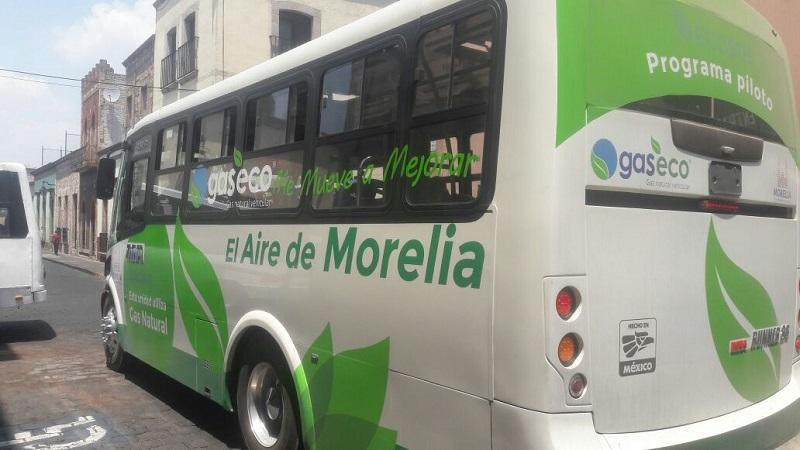 Campos Vargas invitó a los transportistas que manejan taxi o combi, a que se acerquen para que puedan beneficiarse del programa