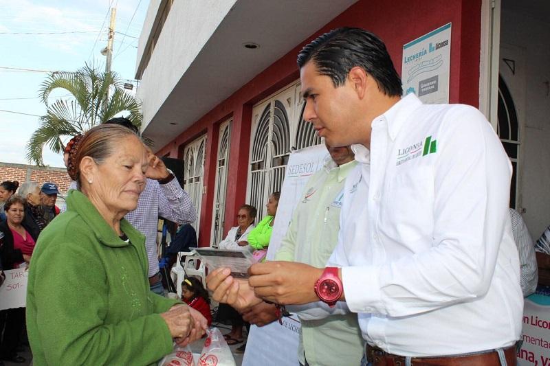 El Gerente Estatal de LICONSA Michoacán comentó que estas acciones se originan tras la implementación de 4 nuevas lecherías en Zamora, Sergio Flores Luna