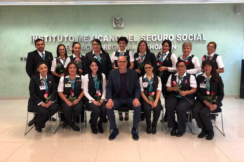 El personal Técnico en Atención y Orientación al Derechohabiente cumplió 40 años atendiendo, con alta vocación de servicio, a la derechohabiencia del IMSS, fortaleciendo el derecho a la salud y la seguridad social