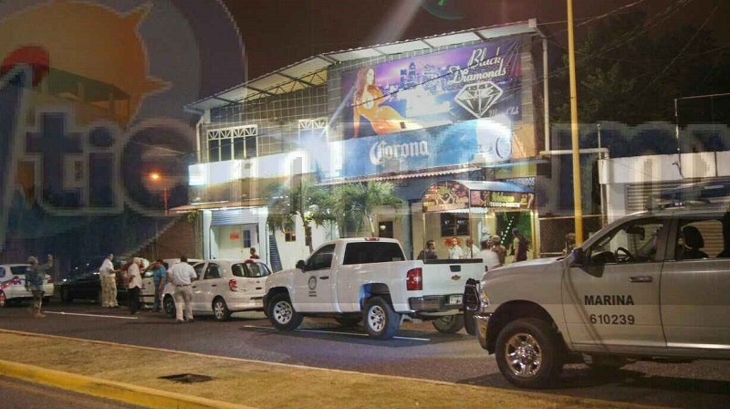 Por más de 4 horas se llevó a cabo dicho operativo ingresando a los bares como el Chanoc, El Dorado y los centros nocturnos Black Diamond, Stelaris y El Yate