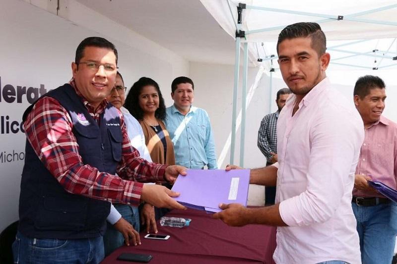 Barragán Vélez afirmó que los michoacanos ya no tienen pretexto para dejar de estudiar, ya que este sistema educativo ofrece educación media superior de calidad, pero sobre todo se encuentra ubicado de manera estratégico en toda la entidad