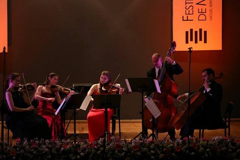El recinto elegido para tal ocasión fue el Centro Cultural Universitario en el centro de la capital michoacana