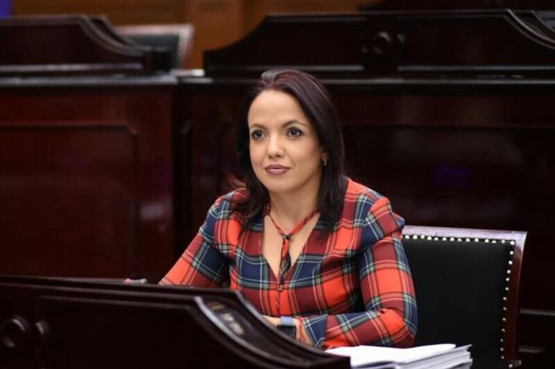 Andrea Villanueva insistió en su interés de establecer espacios  dignos y seguros, los cuales fomenten la seguridad, el orden público y la paz social, promoviendo así el sano esparcimiento a través del deporte