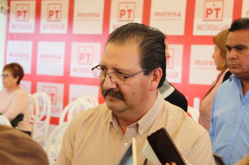 """""""El Partido del Trabajo hace un enérgico llamado a las autoridades federales para que cumplan sus promesas y no dejen que los costos de sus malas decisiones aumenten los golpes al bolsillo de millones de familias mexicanas"""": Sandoval Flores"""
