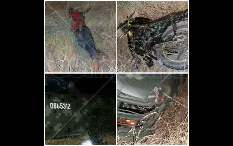 En la ubicación quedó una motocicleta Italika tipo Forza, de color negro, sin placas de circulación, por lo que la autoridad competente realizó el peritaje del accidente