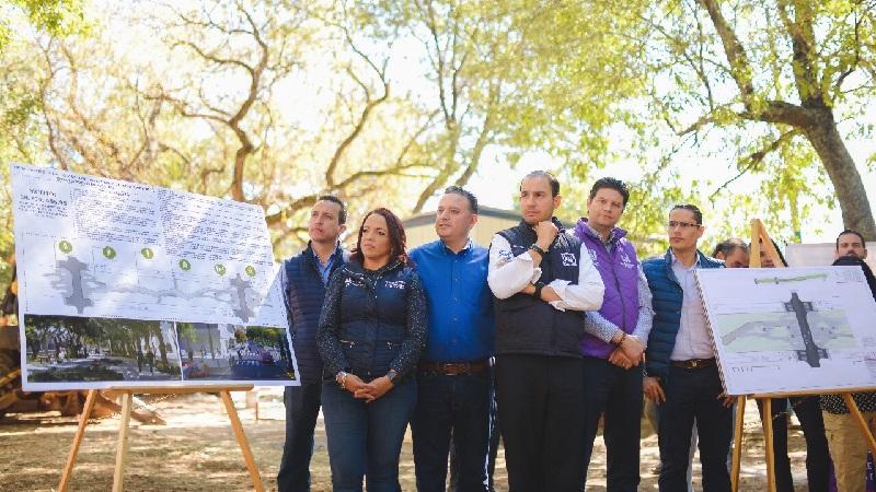 Cortés Mendoza fue acompañado por los diputados Carlos Quintana, Andrea Villanueva, Miguel Ángel Villegas y José Antonio Salas, así como por el alcalde Alfonso Martínez