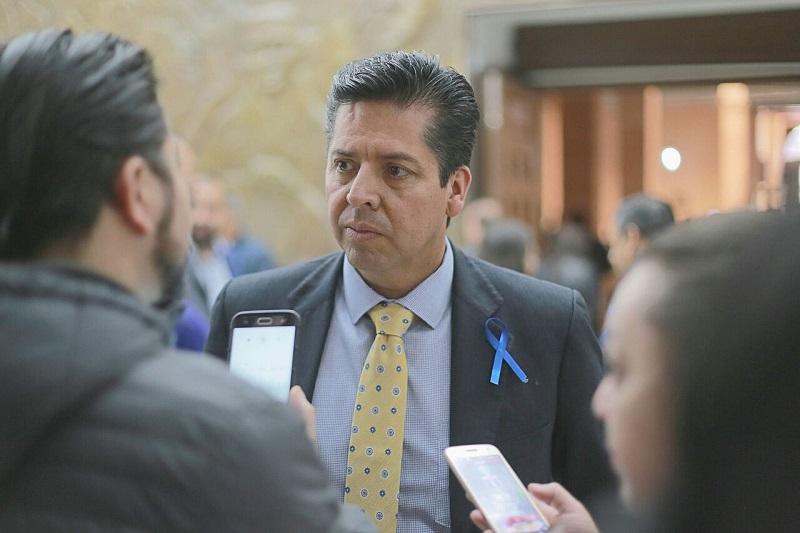 García Conejo, dijo que los retos que tiene Michoacán no se pueden enfrentar sin el apoyo de la sociedad, por lo que se requiere de mejores ciudadanos que se involucren y que además se organicen para tener un mejor estado