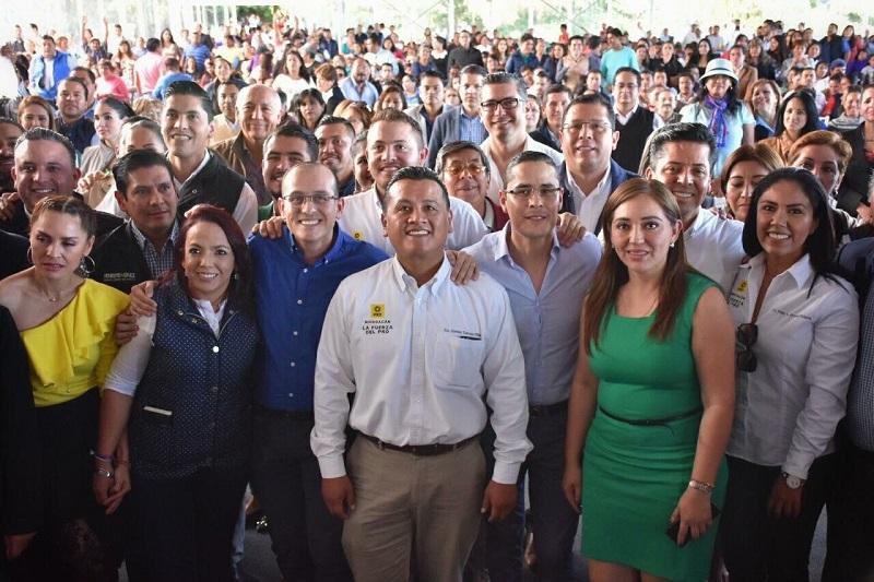 De esta forma, el PRD reafirma su compromiso con los ciudadanos, los académicos, empresarios y luchadores sociales: Torres Piña