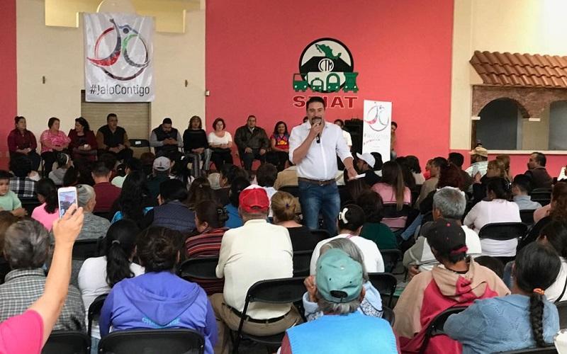 Velasco Procell estuvo acompañado por el diputado local, Roberto Carlos López, así como por unas 350 personas