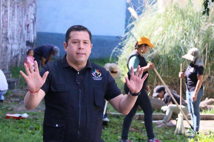 Hoy nuevamente el ayuntamiento moreliano busca burlarse de los ciudadanos, contratando una deuda exorbitante para una supuesta modernización, mientras que en Morelia tenemos cientos de calles en mal estado y los índices de delincuencia son de los más altos: Barragán Vélez