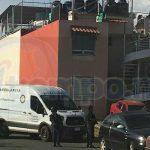 El triple homicidio ocurrió sobre la calle Albarinos a la altura del número 120 esquina Tinto Fino de la colonia Los Viñedos en una segunda planta del domicilio