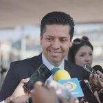 El legislador señaló que a partir de las proyecciones del Ejecutivo el Congreso del Estado tiene la encomienda de ser coadyuvante en las acciones que permitan con el recurso con que se cuenta continuar detonando el desarrollo en Michoacán