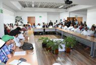 Se busca impulsar la certificación del mezcal michoacano mediante el fortalecimiento de sus procesos