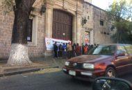 Según el FESEMSS, el Gobierno de Michoacán les adeuda a sus agremiados en total 1 mil 750 millones de pesos, por concepto de salarios y prestaciones contractuales, entre ellas el aguinaldo