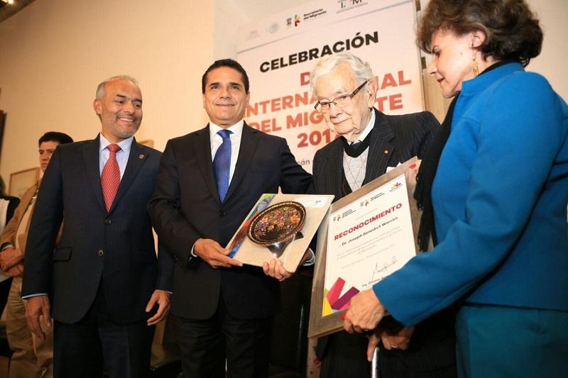 El mandatario Aureoles Conejo enfatizó que en Michoacán se ha cumplido con la agenda formulada para darle atención a los más de cuatro millones de migrantes que radican en los Estados Unidos y en diversas partes del mundo