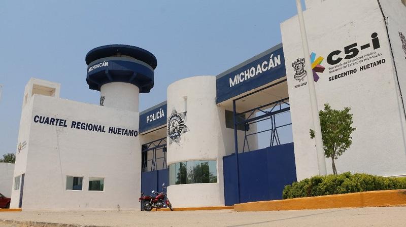 En materia de edificación y soporte, los cuarteles regionales de Zitácuaro, Jiquilpan, Apatzingán y Coalcomán presentan un avance del 95%