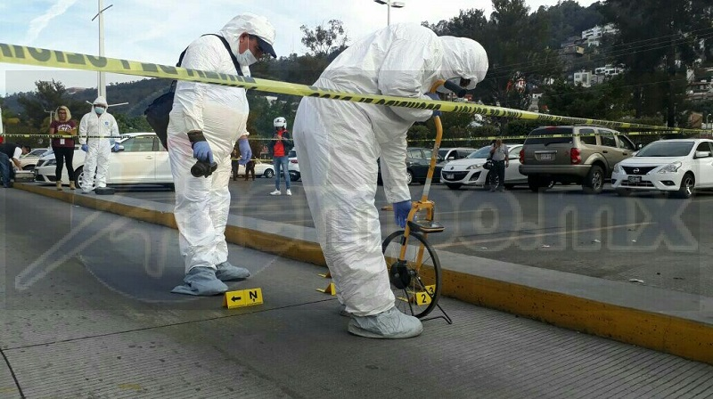 El supuesto asaltante se dio a la fuga, mientras el cuentahabiente también se retiró del lugar, arribando minutos después elementos de la Policía Michoacán, los cuales solicitaron apoyo a la Fiscalía del Estado