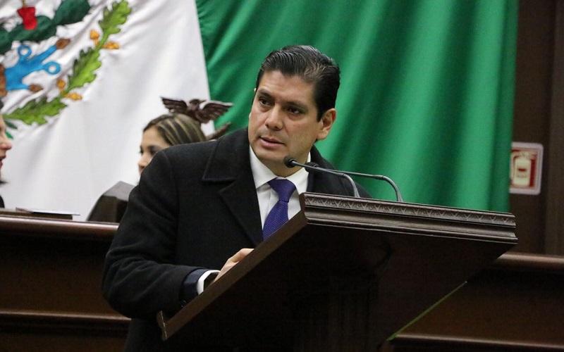 """""""Ahora tenemos que revisar que las adopciones que se han venido dando, sean con el objeto de darle un buen nivel de vida a los pequeños y que no vaya a pervertirse el objetivo"""", sentenció Núñez Aguilar"""