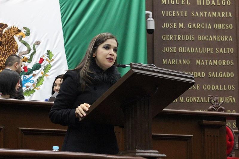 El indulto se configura como una gracia jurídica por la cual, aquellos individuos que hayan cometido algún delito y fueran sentenciados a cumplir una pena privativa de la libertad, puedan ser eximidos del cumplimiento de la pena impuesta: Miranda Arévalo