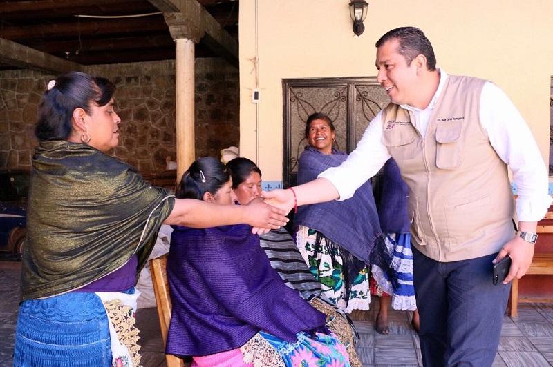 Barragán Vélez indicó que con este tipo de acciones en Michoacán será abatido el rezago educativo y la deserción escolar