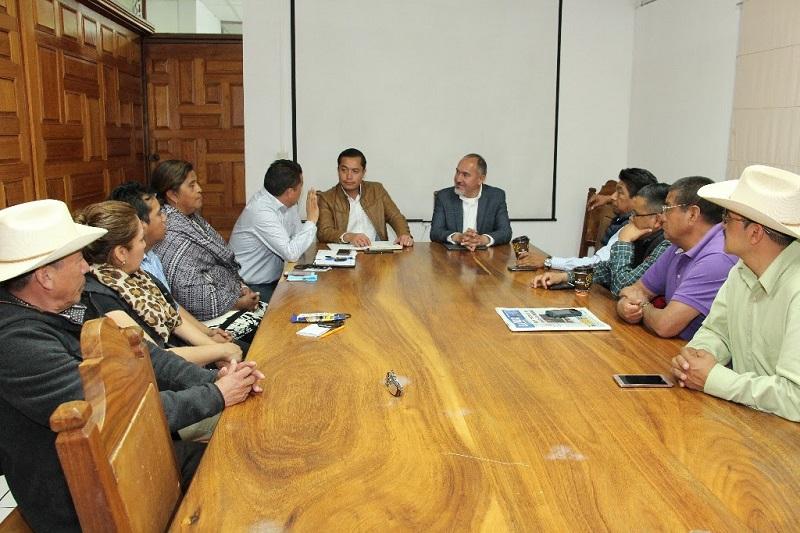 Domínguez López ofreció someter a revisión del Concejo los alcances de los proyectos, previamente a la asignación y ejecución de los recursos, que la dependencia ejercerá por etapas